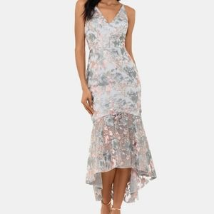 NWT-XSCAPE Embroidered Floral High-Low Gown